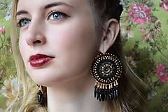 - Black Rose - vyšívané náušnice - 7923890_