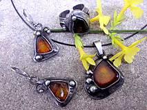 - cínovaný náhrdelník + náušnice + prsteň - Jantár - na objedn - 7923482_