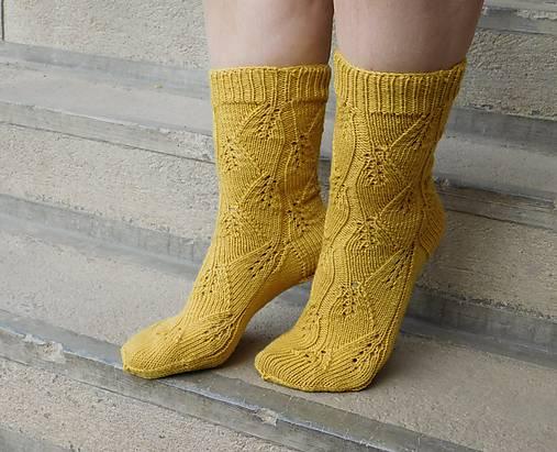 e9977b106 100% MERINO horčicové ponožky s listovým vzorom (v.37-39) / Eva64 ...