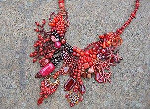 Náhrdelníky - Červený náhrdelník - 7925706_