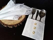 Úžitkový textil - Ľanový obrúsok Bride's Secret - 7924997_