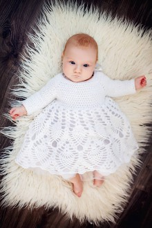 Detské oblečenie - Biele háčkované šaty pre babätko na krst, na svadbu - 7921407_