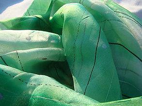 Šatky - Vesmírna zeleň - 7927499_