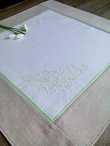 Úžitkový textil - Obrúsok s výšivkou - 7926320_