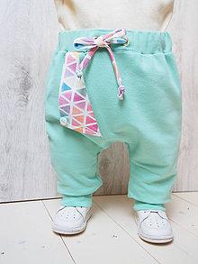 Detské oblečenie - Tepláky - 7938342_
