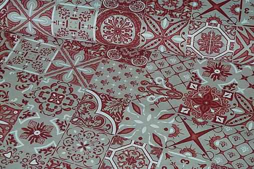 ff5bd4a92e51 Látka Patchwork červené kachličky   SlovAB - SAShE.sk - Handmade Textil