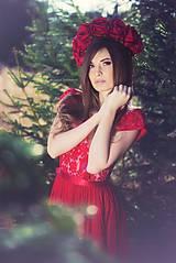 Šaty - Spoločenské šaty so slzou na chrbáte rôzne farby - 7939738_