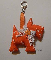 Drobnosti - Prívesok na kľúče - oranžový psíček - 7939125_