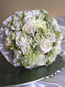 Pierka - svadobná kytica biela s pierkom - 7949117_