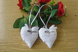 Darčeky pre svadobčanov - Svadobné srdiečka ako darček - 7946306_