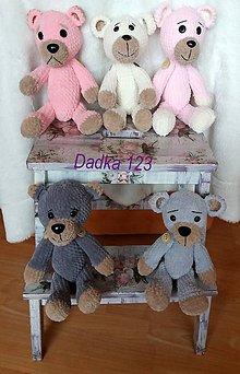 Hračky - Hačkovaný medvedík - 7952756_