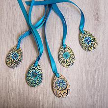 Dekorácie - Andreas: Keramické vajíčko na modrej šnúrke - 7958020_