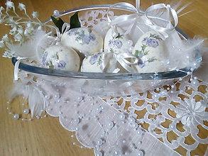 Dekorácie - Vajíčka s jemnými modrými ružičkami - 7954918_