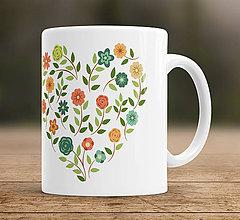 Nádoby - Šálka s kvetinkovým srdcom - 7956819_