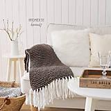 Úžitkový textil - Pletená deka so strapcami ... šedo-hnedá - 7960262_