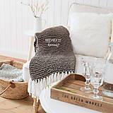 Úžitkový textil - Pletená deka so strapcami ... šedo-hnedá - 7960268_
