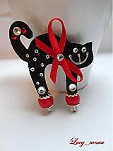 Odznaky/Brošne - Brošnička mačička čierna s červenou mašličkou :) - 7962268_