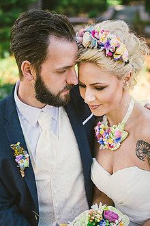 Ozdoby do vlasov - Pestrofarebný kvetinový polvenček \
