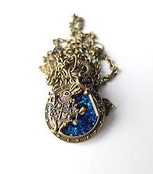 Náhrdelníky - Živicový náhrdelník Alica modrý - 7964039_