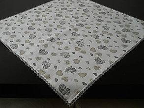 Úžitkový textil - Obrus - Srdiečka s bielo-šedou krajkou - 7965716_