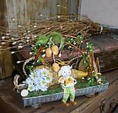 Jarná dekorácia s ovečkou