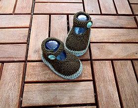 Topánočky - Papučkové sandálky s gombíkmi - 7965431_