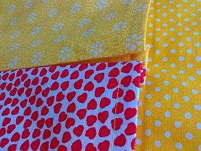 Úžitkový textil - Veľká farebná zástena s vreckami.. - 7969565_