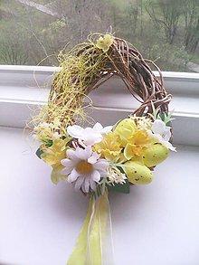 Dekorácie - Veľkonočný venček na dvere - vajíčko - 7969263_