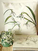 Úžitkový textil - Obojstranný maľovaný poťah na vankúš čiernobielo/farebný (Snežienky) - 7968946_