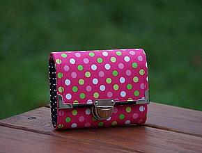 Peňaženky - Peněženka s puntíky, 8 karet, na fotky - 7969098_