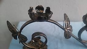 Svietidlá a sviečky - kovový svietnik motýľ (patina) - 7978737_