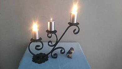 Svietidlá a sviečky - kovový svietnik - 7978302_