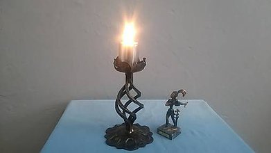 Svietidlá a sviečky - kovový svietnik (patina) - 7978628_