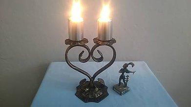 Svietidlá a sviečky - kovový svietnik srdce (patina) - 7978643_
