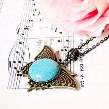Náhrdelníky - Vintage Tyrkenite Butterfly Necklace / Vintage náhrdelník s tyrkenitom /0596 - 7980921_