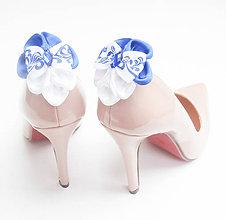 Obuv - Elegancia a la Chanel - klipy na topánky s mašľou modrý folk - 7980754_