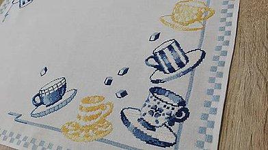 Úžitkový textil - Vyšívaný obrus - 7986074_