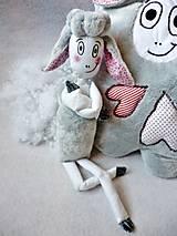 - Šitá pískacia hračka Ovečka Žofka - 7988801_