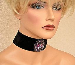 Náhrdelníky - Choker  náhrdelník s gotickým motívom - 7987248_