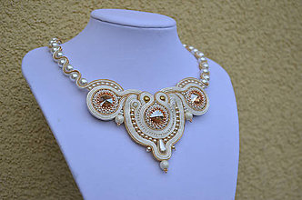 Náhrdelníky - Soutache náhrdelník Pearly Ivory Love !SUPER CENA! - 7990113_