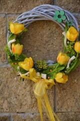 Dekorácie - Venček s tulipánmi - 7990404_