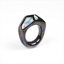 Prstene - Prsteň šedočierny Krystalix / perleťový vzhľad - 7996540_