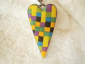Náhrdelníky - Náhrdelník z polyméru, srdiečko mozaikové - 7995318_