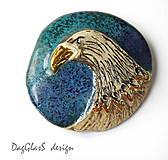 Odznaky/Brošne - Originálna keramická brošňa ...Z vtáčej ríše... - 7999634_