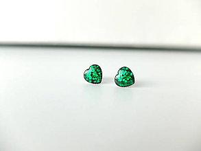 Náušnice - Živicové náušnice Srdce zelené - 8000941_