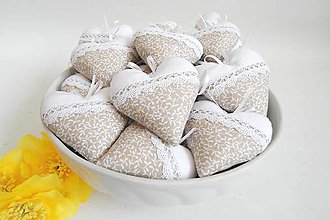 Darčeky pre svadobčanov - Misa plná srdiečok v béžovom - 8001028_