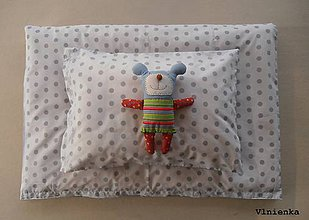 Úžitkový textil - Bavlnené posteľné obliečky BODKY sivo-biele - 8000841_
