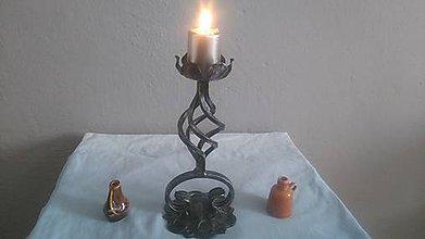 Svietidlá a sviečky - kovový svietnik (patina) - 8004583_