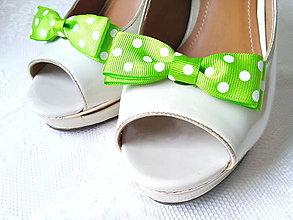 Obuv - Pin Up klipy na topánky (jabĺčkovo-zelené/biele bodky) - 8004342_