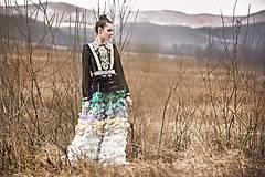 Šaty - Lupienkové šaty s ľudovým motívom - 8005781_